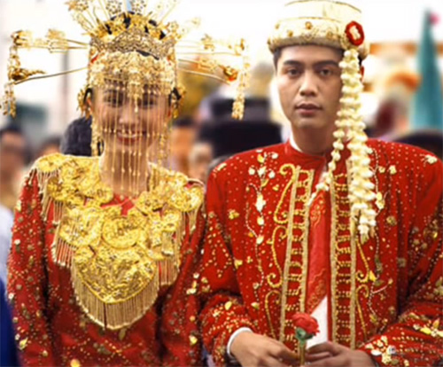 WEDDING COLLECTIONS: Indonesian Wedding Dresses |Indonesian Traditional Wedding Clothing