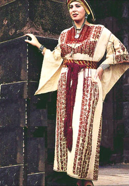 Traditional Costume Of Palestine Loose Robes Plenty Of
