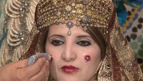 Algerian wedding. Bridal rituals, crafts, and traditions ...