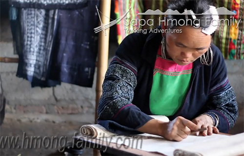 Hmong clothing4