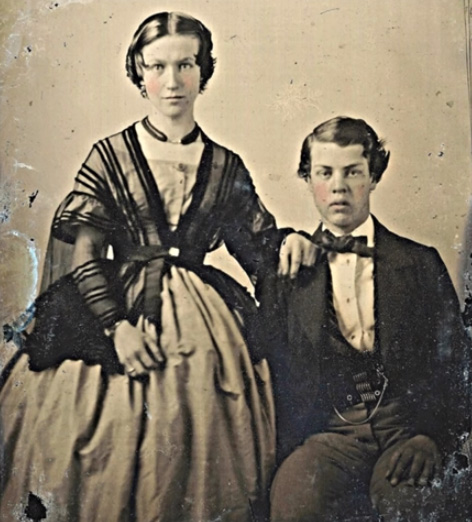 Vintage Photos Of Wealthy Victorian Couples In Authentic